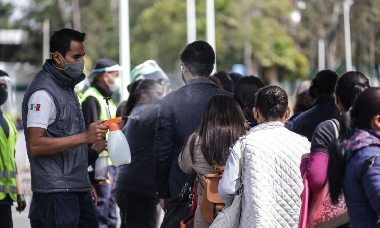 Se disparan contagios de Covid-19 en Puebla