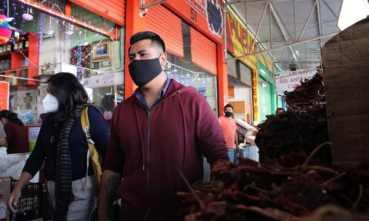 Sin freno contagios Covid-19 en Puebla