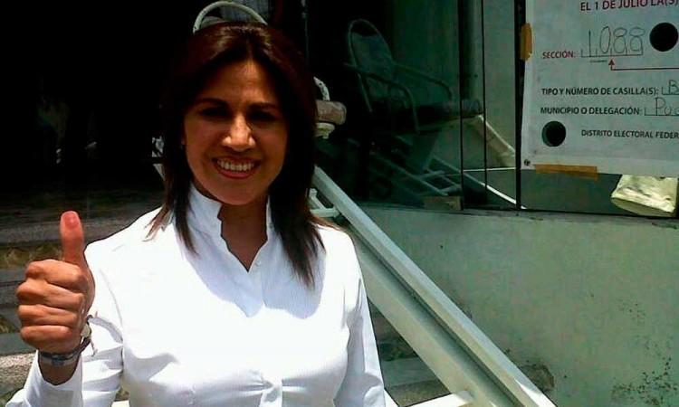Blanca Jiménez toma presidencia de Mujer de Avanzada en Puebla