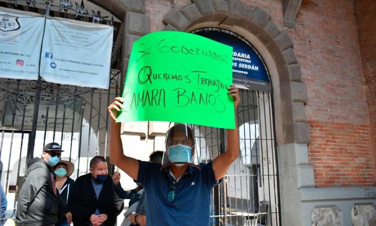 Baños públicos ya no puede sobrevivir si siguen cerrados