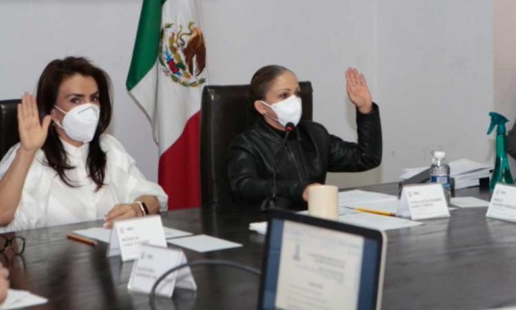 Comisión Inspectora cuestiona acciones de Claudia Rivera en comparecencia