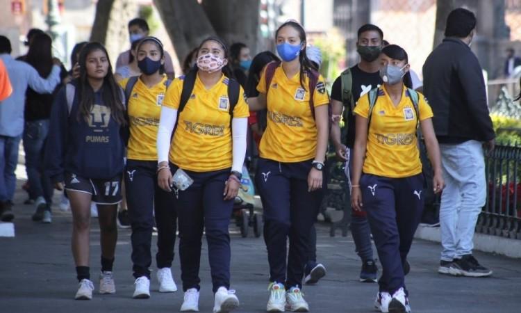 Suben contagios por Covid-19 en Puebla