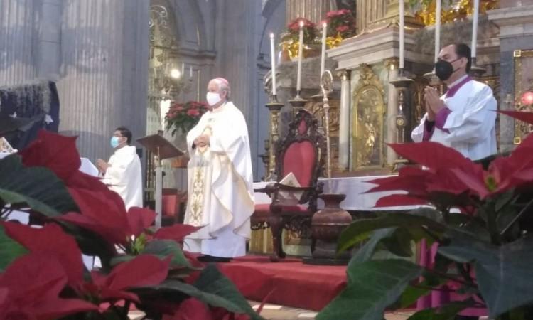 """Insiste arzobispo de Puebla que el aborto es """"matar a bebés"""""""