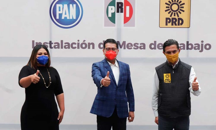 PAN respalda Va Por México por no dice si habrá coalición en Puebla