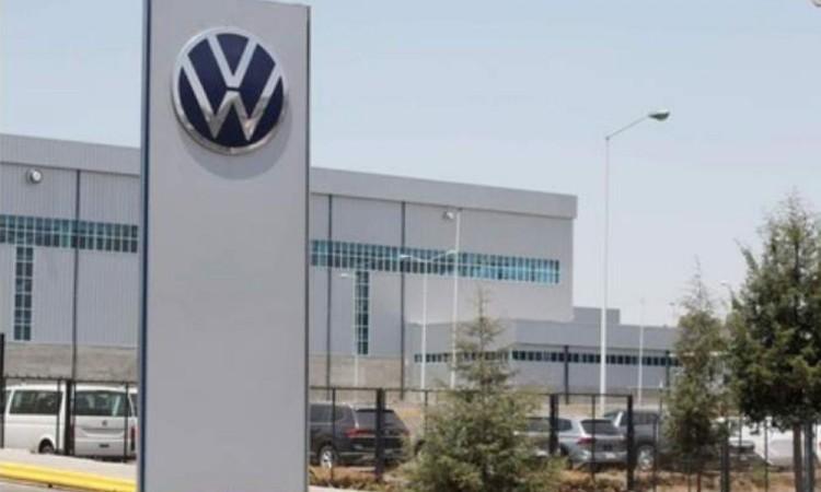 Fallecen siete trabajadores de VW, algunos por Covid-19