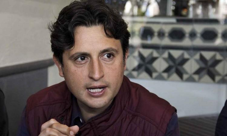 Buscan más de 28 aspirantes una diputación federal por Morena; entre ellos José Juan Espinosa