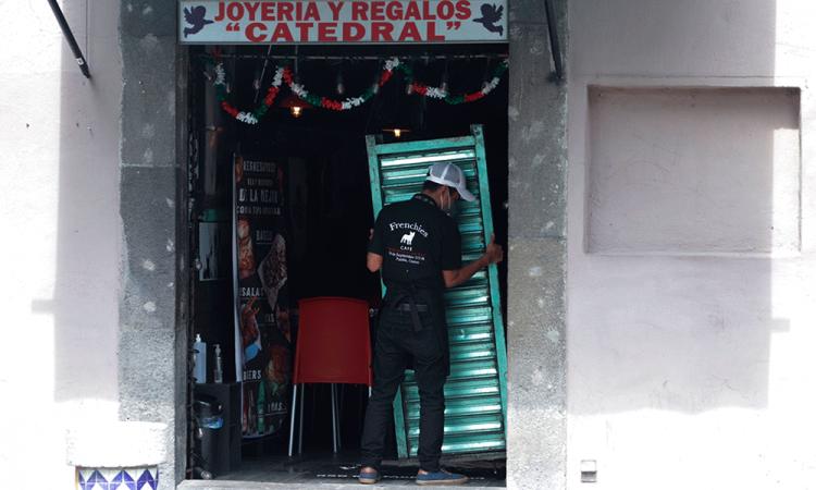 Suman mil 400 comercios del centro declarados en quiebra por la contingencia sanitaria