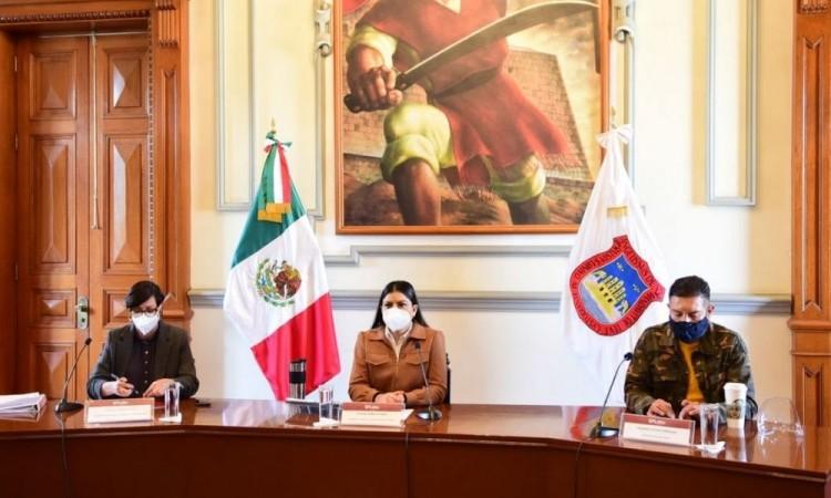Anuncian apoyos económicos para establecimientos formales y ambulantes por alerta máxima de la pandemia