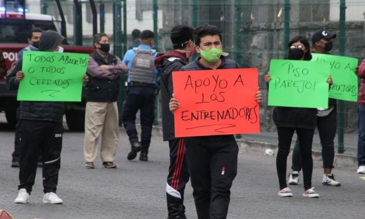 Angelo Ávila reiteró que los arrendatarios los están hostigando.