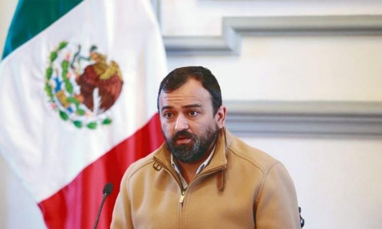 No hay acuerdos con nadie: René Sánchez Galindo, tras cuestionarle sobre protección a ambulantes