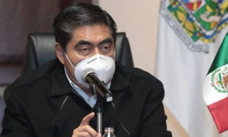 Anuncia Barbosa cárcel a quien lucre con vacuna