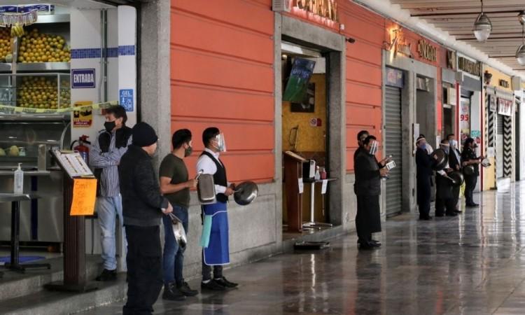 Locatarios y microempresarios del centro se suman a protestas para exigir apertura