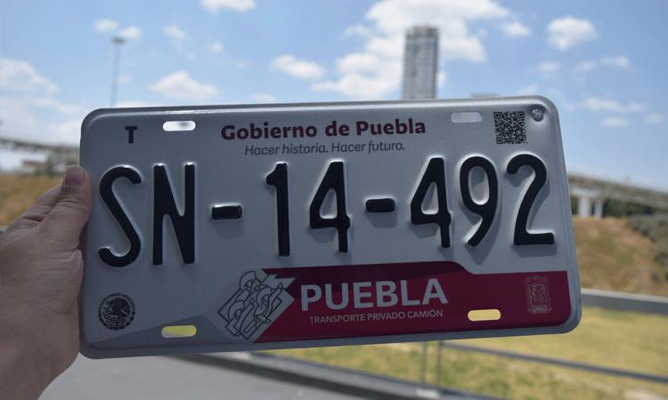 Aplazan reemplacamiento y extienden periodo para pago de control vehicular en Puebla