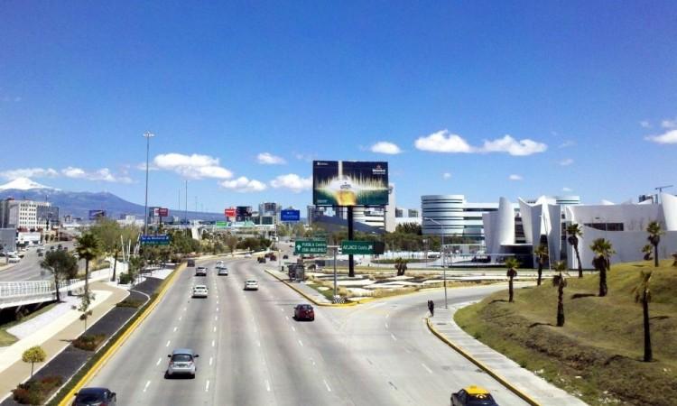 Cancelarán licencias por 10 años a quien haga arrancones en Puebla