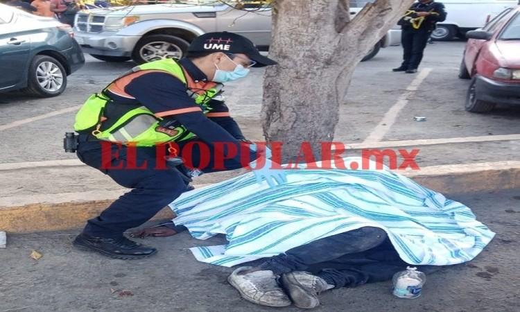 Hombre en situación de calle muere junto al mercado Morelos
