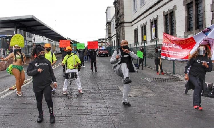 Dueños y trabajadores de gimnasios exigen apoyos tras autorizar la apertura de sus negocios