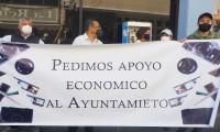 ¡Necesitamos ayuda! Por tercera ocasión fotógrafos de salones de fiestas marchan buscando apoyos económicos