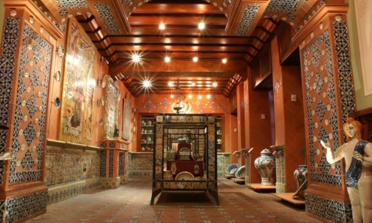 Denuncian saqueo de piezas en museos de Puebla