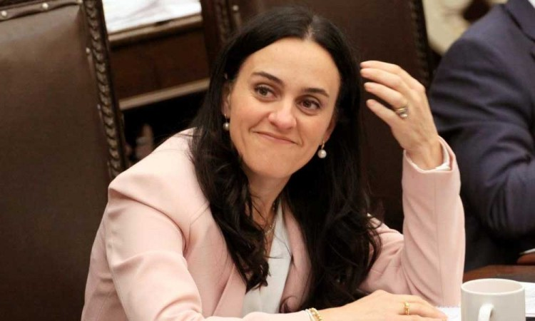 Desiste diputada Mónica Rodríguez del PAN para pedir licencia, se mantienen en 15 las solicitudes