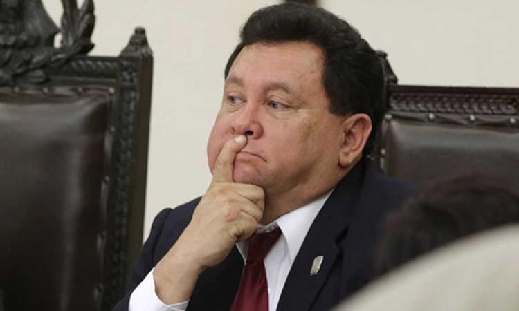 Por discriminación a la comunidad LGBTI+ denunciarán ante la CNDH al diputado Héctor Alonso