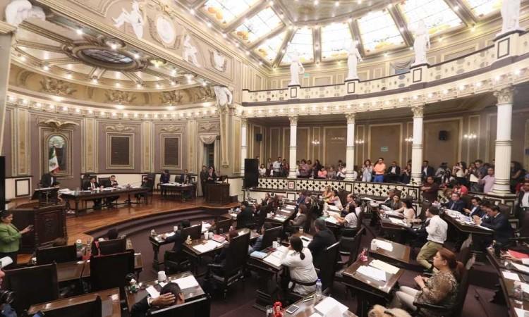 Abandonan el barco más de la mitad de los diputados del Congreso local