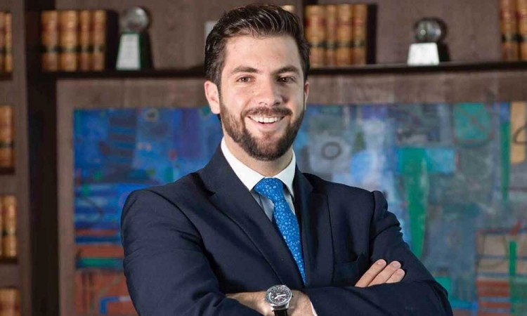 Sobrino de exgobernador, Ricardo Gali, se registra por la alcaldía de Puebla con el PAN