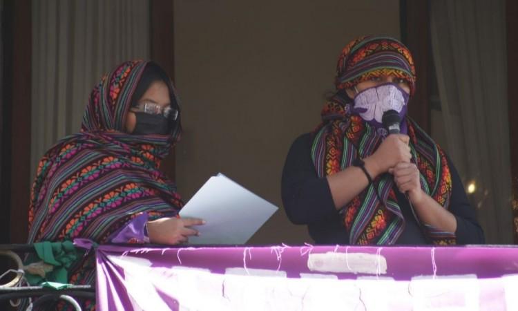 Convocan colectivos feministas a paro de actividades por #UnDíaSinNosotras