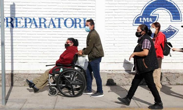 Vacuna contra la covid-19: sinónimo de felicidad en abuelitos de Puebla