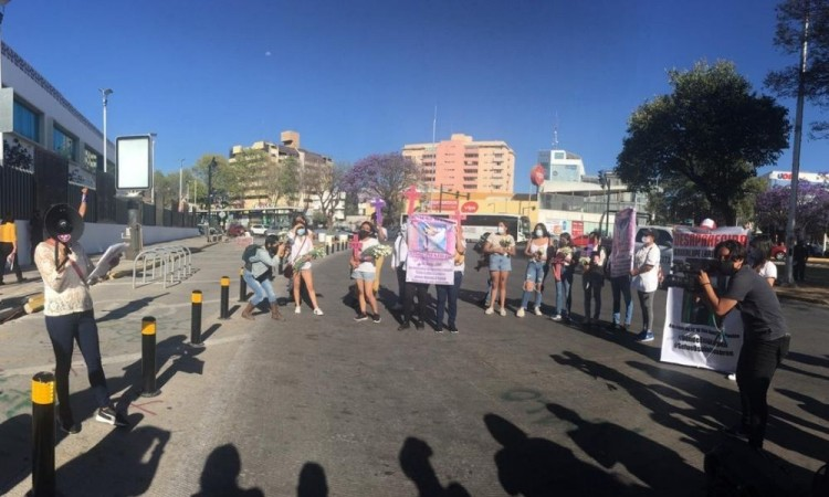 No deben normalizarse los feminicidios: Organizaciones sociales en Puebla