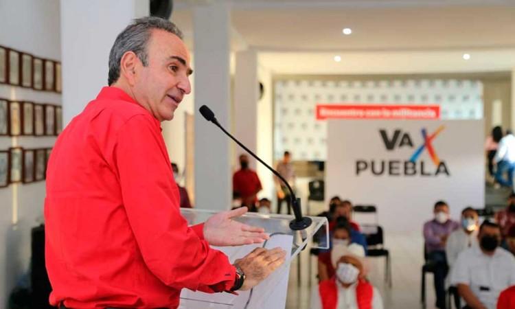 Chidiac coordinará campaña de candidatos a diputados locales del PRI en Puebla