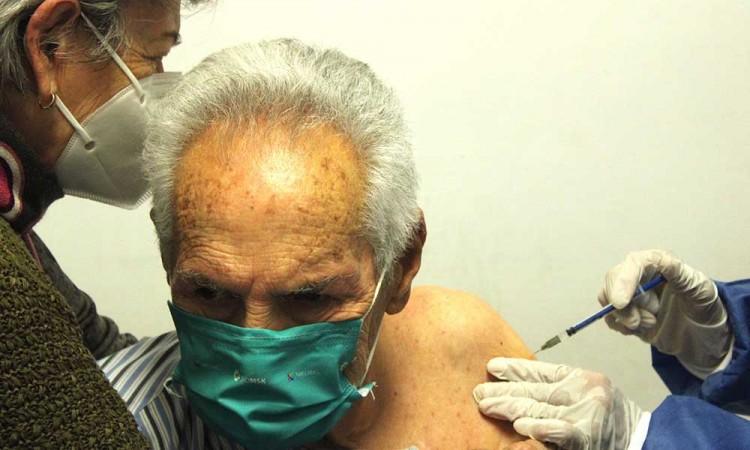 ¡Se notó! El cambio y las mejoras de la logística de vacunación en Puebla capital fueron organizadas por la Sedena