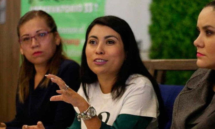 Nora Merino se lava las manos sobre debatir antes del 15 de abril el aborto en el Congreso de Puebla
