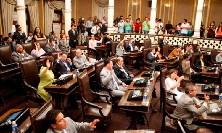 ¿Qué diputados federales por Puebla merecen la reelección? Analizamos su desempeño