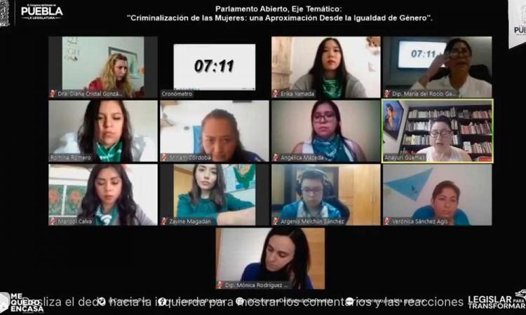"""Inicia tercer eje del Parlamento Abierto con el tema """"Criminalización de las Mujeres"""" en Puebla"""