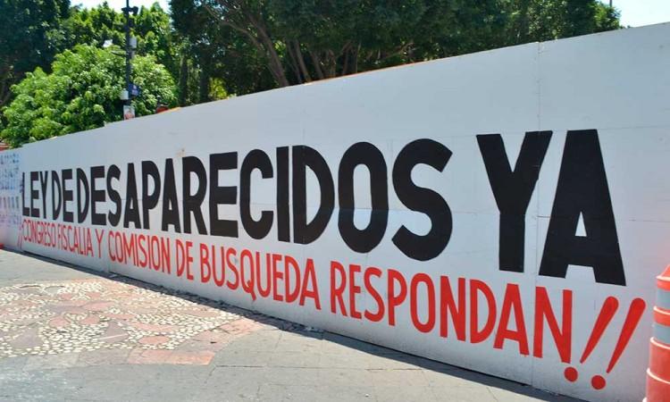 Le recuerdan a Biestro que incumplió con certidumbre y respuestas a víctimas de desaparición en Puebla