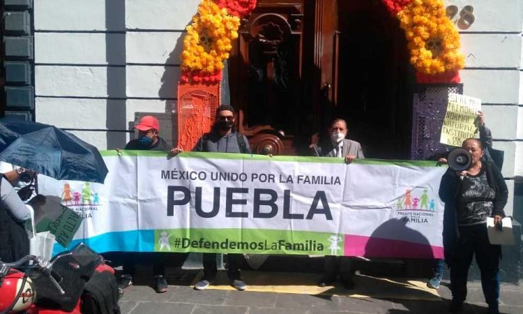 Organizaciones Pro-Vida piden a diputados del Congreso realizar consulta sobre el aborto en Puebla