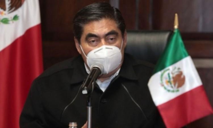 Miguel Barbosa no tiene qué opinar sobre ola de amparos promovidos por candidatos y exalcaldes