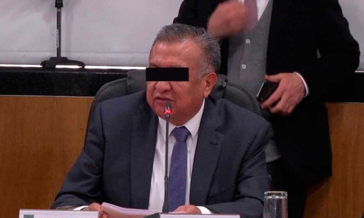 Suspende CNHJ de Morena derechos partidistas de Saúl Huerta