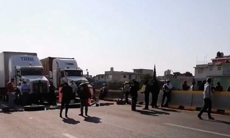 Ana Lucía Hill asegura que ya existe un diálogo entre los manifestantes que tomaron la autopista México-Puebla