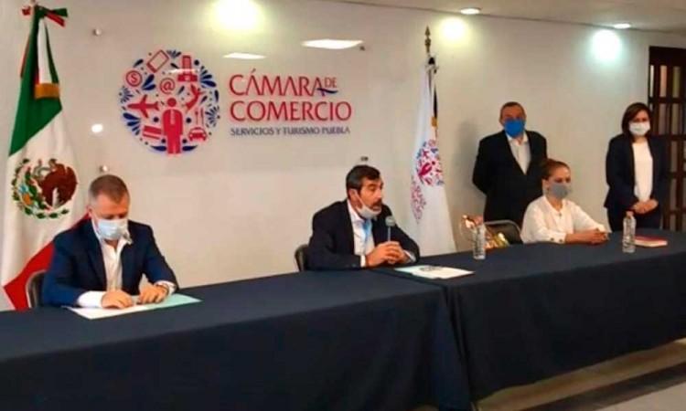 Exige Canaco a Ayuntamiento de Puebla retirar a los ambulantes luego del pleito en el Centro Histórico