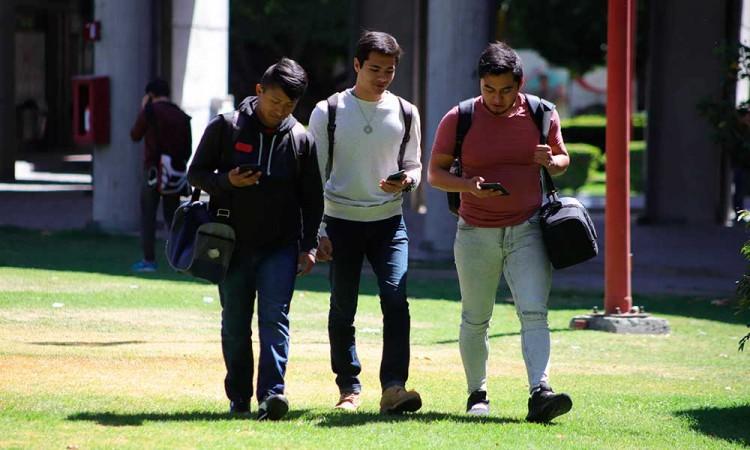 Universidades privadas en Puebla anuncian regreso a clases presenciales el próximo 10 de Mayo