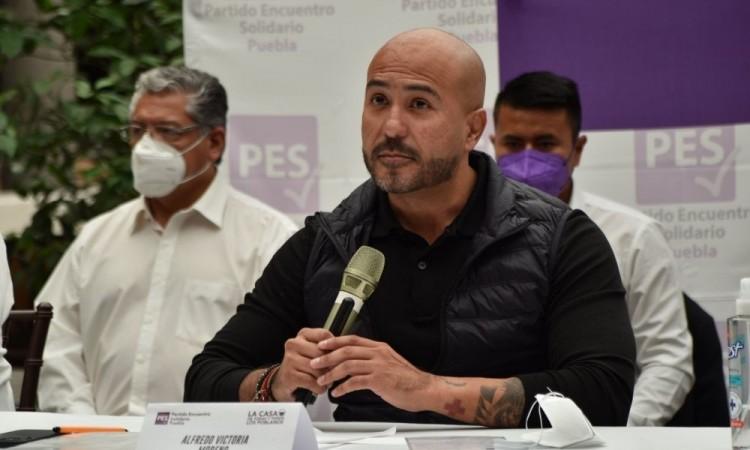 Clama candidato del PES a la alcaldía al IEE que sí organice un debate