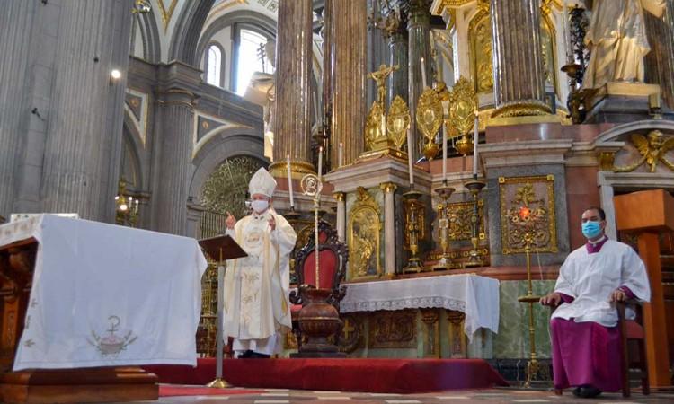 Arzobispo de Puebla manda mensaje a las madres por el 10 de mayo