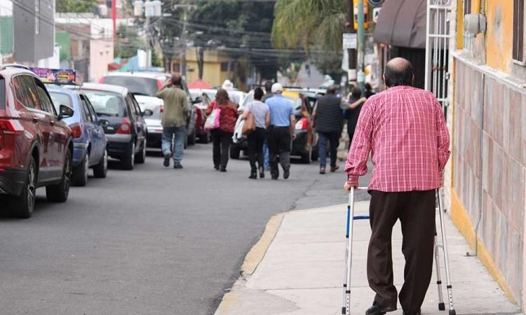 Modificación a la logística de vacunación de la segunda dosis continúa siendo inservible en algunos puntos de la ciudad de Puebla