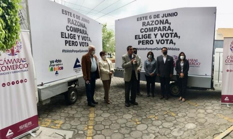 """En calles de Puebla promueven el voto """"Razona, compara, elige y vota, pero vota"""""""