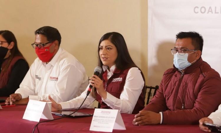 Ofrece Claudia Rivera regularizar 290 asentamientos humanos en caso de ganar