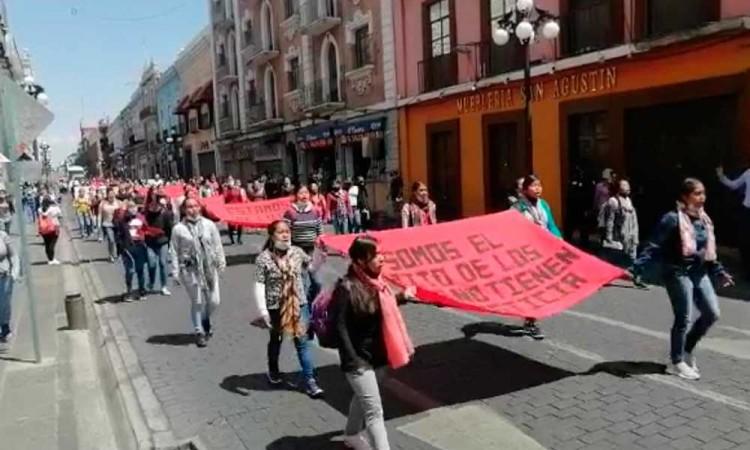 Estudiantes de la Normal Rural Carmen Serdán exigen justicia por muerte de dos normalistas en Puebla