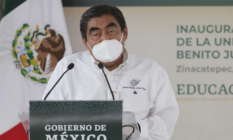 El gobernador Miguel Barbosa pide a candidatos realizar debate por la alcaldía de Puebla