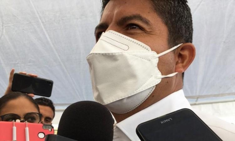 Se excusa Eduardo Rivera de su ausencia en encuentros con candidatos e insiste que sólo acudirá al llamado del IEE