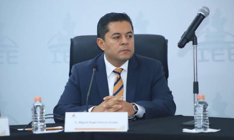Un debate de 150 mil pesos y 2 horas y media entre candidatos a la alcaldía de Puebla